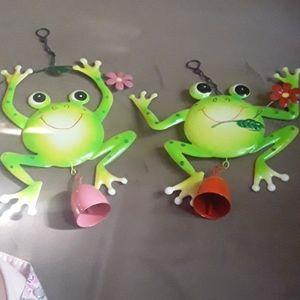 Cute froggy wind chimes